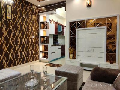 Gallery Cover Image of 720 Sq.ft 3 BHK Independent Floor for buy in Dwarka Mor for 4200000