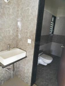Bathroom Image of Shree Ganesh Luxury PG in Kharadi
