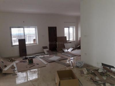 Gallery Cover Image of 1400 Sq.ft 3 BHK Apartment for rent in Rajajinagar for 40000