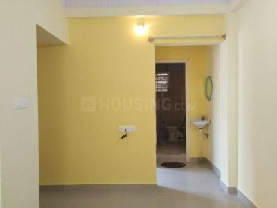 Gallery Cover Image of 500 Sq.ft 1 BHK Independent Floor for rent in S.G. Palya for 8500