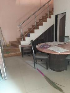 Gallery Cover Image of 2250 Sq.ft 3 BHK Villa for rent in Shantipura for 27000