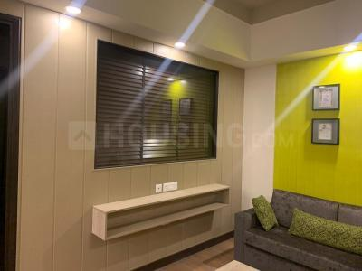 Gallery Cover Image of 650 Sq.ft 1 BHK Apartment for rent in Ameya Sapphire Eighty Three, Sector 83 for 15000