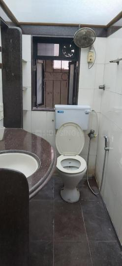 Common Bathroom Image of 1620 Sq.ft 4 BHK Apartment for rent in Thane West for 9000