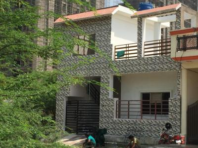 Gallery Cover Image of 1350 Sq.ft 2 BHK Independent House for buy in Arjunganj for 4800000