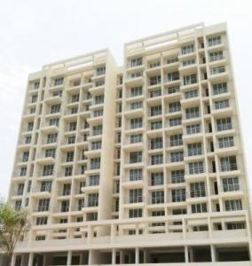 Gallery Cover Image of 1600 Sq.ft 3 BHK Apartment for buy in Karanjade for 8500000