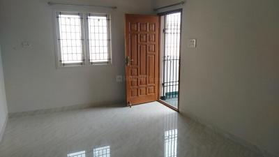 Gallery Cover Image of 1000 Sq.ft 2 BHK Independent House for rent in Maduravoyal for 12000