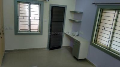 Gallery Cover Image of 1670 Sq.ft 3 BHK Apartment for rent in HIG Chitrapuri HILLS, Chitrapuri Colony for 22000