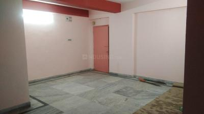 Gallery Cover Image of 1200 Sq.ft 3 BHK Apartment for rent in Bangur Avenue for 21000