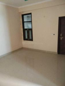 Gallery Cover Image of 950 Sq.ft 2 BHK Independent Floor for buy in Chhapraula for 2000000