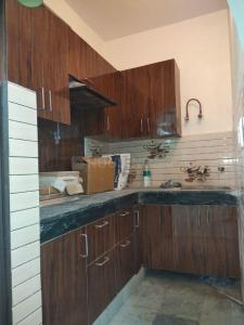 Gallery Cover Image of 950 Sq.ft 2 BHK Apartment for buy in Rajendra Nagar for 3200000