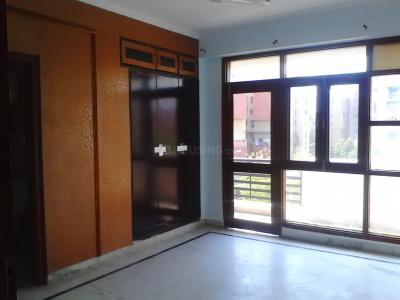 Gallery Cover Image of 1900 Sq.ft 3 BHK Apartment for rent in Youngster Housing Society, Sector 6 Dwarka for 30000