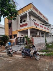 Gallery Cover Image of 2000 Sq.ft 3 BHK Independent House for buy in Hayathnagar for 11000000