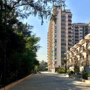 Gallery Cover Image of 1308 Sq.ft 2 BHK Apartment for buy in Arge Helios, Visthar for 7400000
