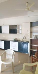 Gallery Cover Image of 1500 Sq.ft 3 BHK Independent Floor for rent in HSR Layout for 40000