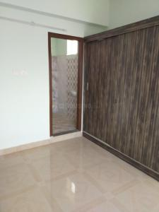 Gallery Cover Image of 1100 Sq.ft 2 BHK Apartment for rent in Srimitra Lifestyle, Kalkere for 16000