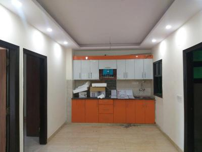 Gallery Cover Image of 700 Sq.ft 2 BHK Apartment for rent in Sector 28 Dwarka for 15000