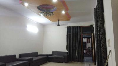 Gallery Cover Image of 1350 Sq.ft 3 BHK Independent Floor for rent in Sector 7 Rohini for 28000