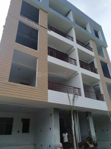 Gallery Cover Image of 810 Sq.ft 2 BHK Independent Floor for buy in Sector 128 for 2900000