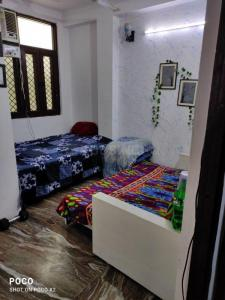 Gallery Cover Image of 550 Sq.ft 2 BHK Apartment for buy in Jamia Nagar for 1750000