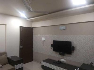 Gallery Cover Image of 652 Sq.ft 1 BHK Apartment for rent in Parvati Darshan for 12000