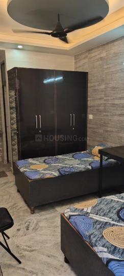 जीटीबी नगर में पी. आर. पीजी फ़ॉर गर्ल्स के बेडरूम की तस्वीर