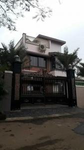 Gallery Cover Image of 4300 Sq.ft 5 BHK Villa for buy in Gold Valley for 45000000