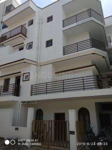 Gallery Cover Image of 1600 Sq.ft 2 BHK Apartment for rent in Mahadevapura for 38000
