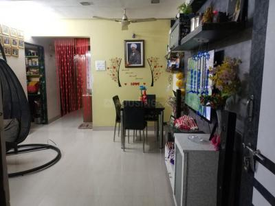 Gallery Cover Image of 1200 Sq.ft 3 BHK Apartment for rent in Kalyan West for 20000