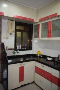 बोरीवली वेस्ट में एम4यू पेइंग गेस्ट के किचन की तस्वीर