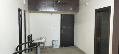 Gallery Cover Image of 1200 Sq.ft 3 BHK Apartment for rent in Shalimar Bagh for 28000