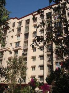 Gallery Cover Image of 1200 Sq.ft 3 BHK Apartment for rent in Kandivali East for 41000