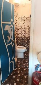 Bathroom Image of 900 Sq.ft 4 BHK Independent House for buy in Amberpet for 6500000