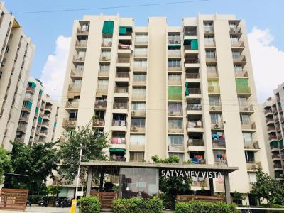 Gallery Cover Image of 1395 Sq.ft 2 BHK Apartment for rent in Gota for 14000