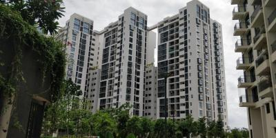 Gallery Cover Image of 1240 Sq.ft 2 BHK Apartment for buy in SNN Raj Etternia, Parappana Agrahara for 8500000