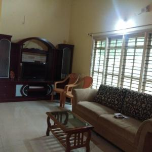 Gallery Cover Image of 2600 Sq.ft 3 BHK Villa for rent in Bommasandra for 25000
