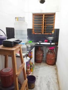 Kitchen Image of PG 4194601 Tollygunge in Tollygunge
