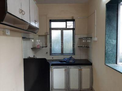Gallery Cover Image of 700 Sq.ft 2 BHK Apartment for rent in Santacruz East for 33000