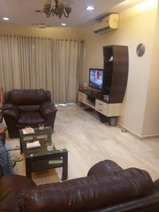 Gallery Cover Image of 1300 Sq.ft 3 BHK Apartment for rent in Andheri East for 110000