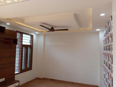 Gallery Cover Image of 950 Sq.ft 2 BHK Independent Floor for buy in Niti Khand for 4500000