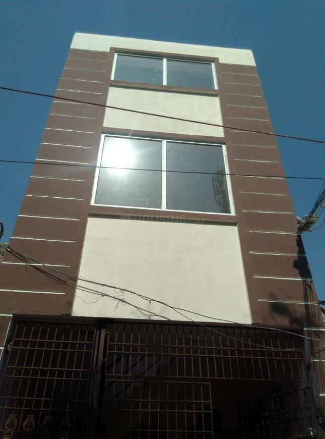 Building Image of 780 Sq.ft 2 BHK Apartment for rent in Selaiyur for 20000