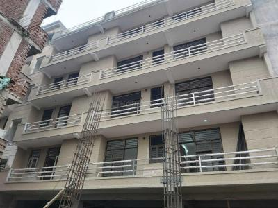 Gallery Cover Image of 1400 Sq.ft 3 BHK Independent Floor for buy in Patel Nagar for 6800000