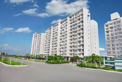 Gallery Cover Image of 917 Sq.ft 1 BHK Apartment for buy in Jaypee The Pavilion Court, Sector 128 for 3950000