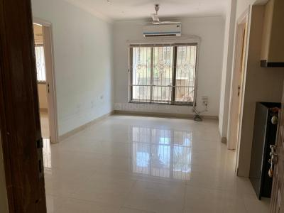 Gallery Cover Image of 1200 Sq.ft 2 BHK Apartment for rent in Bandra West for 75000