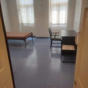 Gallery Cover Image of 1200 Sq.ft 2 BHK Apartment for rent in Tardeo for 140000