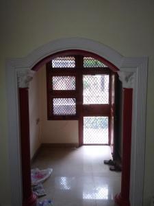 Gallery Cover Image of 650 Sq.ft 2 BHK Apartment for rent in Paryatan Vihar, Vasundhara Enclave for 17000