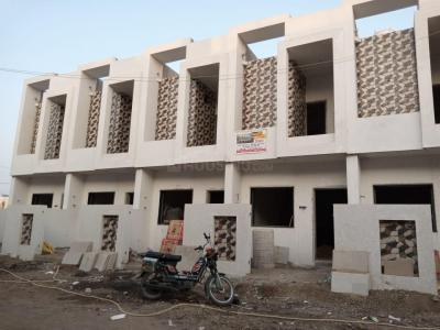 Gallery Cover Image of 1200 Sq.ft 3 BHK Independent House for buy in Madhapar for 3711000
