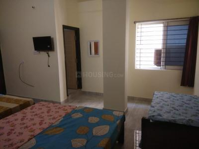 Bedroom Image of Sri Venkateswara Men's Hostel in Kondapur