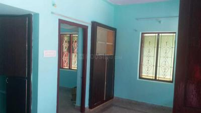 Gallery Cover Image of 650 Sq.ft 1 BHK Independent House for rent in Thirumullaivoyal for 6000