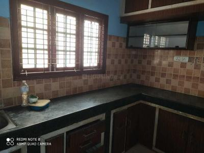 Gallery Cover Image of 700 Sq.ft 1 BHK Apartment for rent in Puppalaguda for 12000