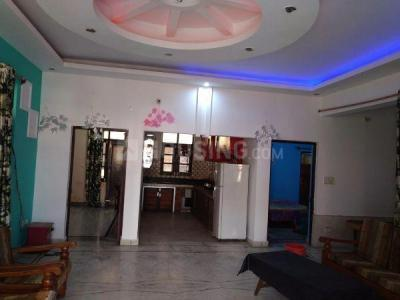 Gallery Cover Image of 750 Sq.ft 2 BHK Independent House for rent in Laxmi Nagar for 8000